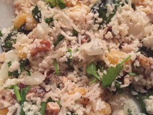 picture of cauliflower rice salad with apricots and walnuts